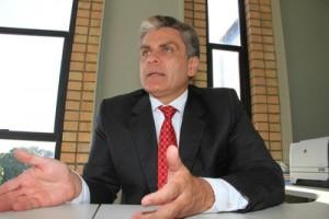 Presidente do Detran/AL, Antônio Carlos Gouveia
